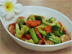 Pad Pak - mixed vegetables prepared by chefs of luxury villas phuket. recipe see download area of our website http://www.luxuryvillasphuketthailand.com/ Luxury Villas Phuket Thailand