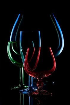 """Love's wine: """"Lovers drink wine all day and night, and tear the veils of the mind. When drunk with love's wine, body, heart and soul become one. Glass Photography, Still Life Photography, Creative Photography, Wine Glass, Glass Art, Wine Art, Pictures To Paint, Colored Glass, Belle Photo"""
