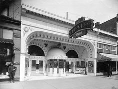 1920s – Princess Theatre at 55 East Hastings.