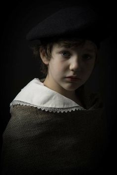 Modern Photography, People Photography, Portrait Photography, Rembrandt, Low Key Portraits, Renaissance Portraits, Face Expressions, Foto Art, Chiaroscuro