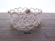 Bracelet dentelle mariée via Bijoux dentelle mariage frivolité Lilas Lace. Click on the image to see more!