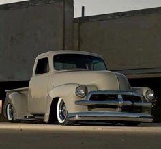 hot rod, muscle cars, rat rods and girls: Photo Classic Pickup Trucks, Old Pickup Trucks, Hot Rod Trucks, Cool Trucks, Cool Cars, 1954 Chevy Truck, Chevrolet Trucks, Gmc Trucks, Custom Trucks