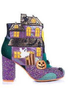 Theres a ghostie loosie about this bootie! Treat yourself to this perfectly terrifying, totally ectoplasmic haunted house ankle boot. Crawling with spiders and fluttering with embroidered bats, with just the right amount of glitter and sparkles. Irregular Shoes, Irregular Choice Heels, Dream Shoes, Crazy Shoes, Me Too Shoes, Fab Shoes, Shoes Heels, Ghost House, Glitter Pumps