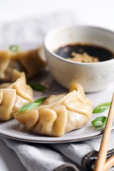 These simple vegetable dumplings are filled with mushrooms, cabbage, onions, and carrots. They're tofu free and can be vegan friendly or gluten-free! Vegetable Dumplings, Steamed Dumplings, Homemade Dumplings, Chinese Eggplant Recipes, Turnip Cake, Candied Sweet Potatoes, Vegetarian Recipes, Stuffed Peppers, Vegetables