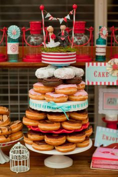 Donut cake! @Brock Kreienbrink - This is what we should do for your birthday but with krispy kremes ;)