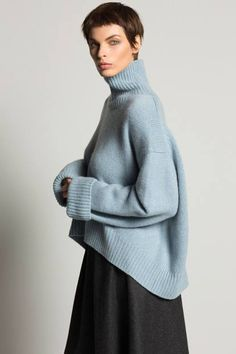 66 ideas knitting fashion design knitwear for 2019 Knitwear Fashion, Knit Fashion, Womens Fashion, Green Kimono, Business Outfit, Mode Inspiration, Knitting Designs, Mode Style, Sweater Weather