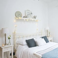 Traditional bedroom pictures and photos for your next decorating project. Find inspiration from of beautiful living room images Room Ideas Bedroom, Bedroom Decor, Bedroom Designs, Fairy Lights Room, Shelf Above Bed, Bedroom Pictures, Teen Girl Bedrooms, Teen Bedroom, Traditional Bedroom