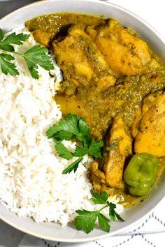 Carribean Chicken, Carribean Food, Caribbean Recipes, Trinidad Curry Chicken, Easy Chicken Curry, Chicken Roti, Kfc Chicken Recipe, Chicken Seasoning, Chicken Recipes