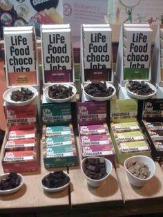 100% rauwe en (h)eerlijke chocolade. Jammer genoeg niet van de Nederlandse boer :-)