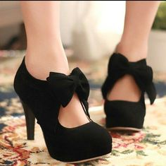 In love with these black bow heels.