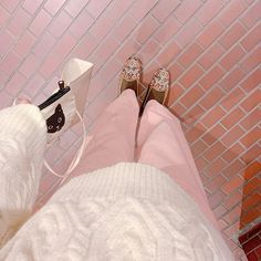 トリンドル玲奈 / Reina Triendl(@toritori0123) • Instagram写真と動画 Marie Antoinette, Off Duty, Gucci, Model, Shoes, Style, Instagram, Fashion, Mathematical Model