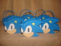 Sonic party favor bags. Sonic Birthday Parties, Sonic Party, Boy Birthday, Birthday Event Ideas, Bolo Sonic, Sonic Costume, Youtube Birthday, Diy Party, Party Ideas