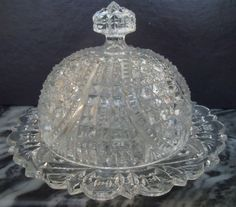 EAPG-HIGBEE-Pattern-Glass-Domed-Butter-Dish-1800's-Signed-Bee-in-2-Places