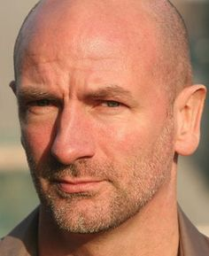 Graham McTavish - equally handsome sans beard, which has to be a first. Also... Buff! Yay! How considerate of him.