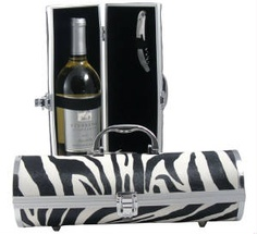 Zebra Wine Purse - need this for an impromptu picnic!
