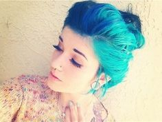 Imagen de girl, hair, and blue