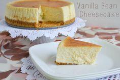 Progressive Dinner: Dessert | Vanilla Bean Cheesecake | Corelle Giveaway #HolidayProgressiveDinner #Sponsored