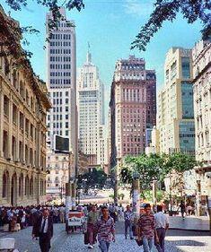 Brasil - São Paulo. centro velho com o antigo prédio do BANESPA