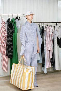 Balenciaga Resort 2017 Collection Photos - Vogue