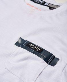 Superdry Surplus Goods Longline Pocket T-shirt – Men's T Shirts Superdry Surplus Goods Langes T-Shirt mit Taschen – Herren-T-Shirts T-shirt Rock, Mode Choc, Tee Shirt Homme, Comme Des Garcons, T Shirt Diy, Man Shirt, Herren T Shirt, T Shirts With Sayings, Superdry