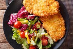 Rántott csirkemell másként salátával - PROAKTIVdirekt Életmód magazin és hírek - proaktivdirekt.com