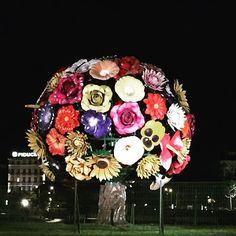 Lyon by night. Az esti Lyon. #fivesneakers #wecollectmemories