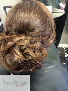 Bridal Hair Trial. Classically Chic Designs by Leslie. www.ccdbyleslie.com
