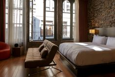 Le Petit Hôtel   LOVE- but only offer rooms with one king bed