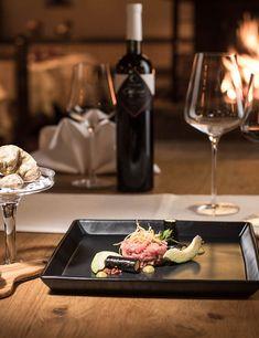 Kellerbauer Restaurant & Gästehaus Salzburg, Tray, Restaurant, Kitchen, Basement, Cooking, Diner Restaurant, Kitchens, Trays