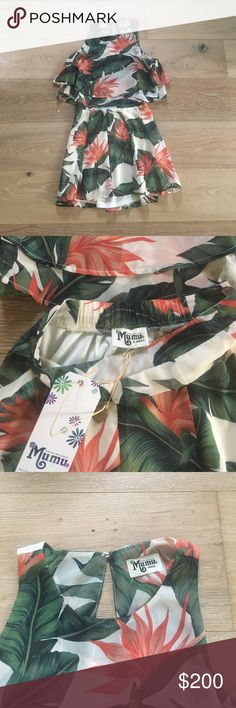 Show me your mumu paradise found set Gorgeous Show me your Mumu set in tropical paradise found print. Skater skirt size XS and king crop top size S. NWT. Willing to separate for the right price 😊 Show Me Your MuMu Dresses