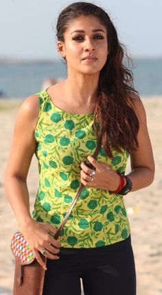 Indian Movie's Actress Nayantara Biography and Lifestyle South Actress, South Indian Actress, Bollywood Fashion, Bollywood Actress, Bollywood Style, Nayanthara Hairstyle, Indian Photoshoot, Most Beautiful Indian Actress, Beautiful Actresses