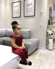 Pan e mane para ne . Cute Kids Fashion, Baby Girl Fashion, Cute Baby Girl, Cute Babies, Toddler Girl, Baby Kids, Outfits Niños, Baby Fashionista, Kids Suits