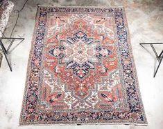 "Hand Woven Heriz Rug or Carpet, 7' 10"" x 11' 1"""