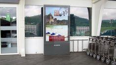 Diseño campaña promoción en los mupis de los aeropuertos de España. Madrid, 2015.
