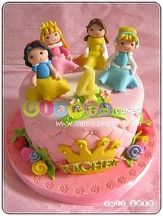 how cute!! Disney princess cake - For all your Princess cake decorating supplies, please visit http://www.craftcompany.co.uk/occasions/party-themes/princess-party.html