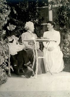 GD Dmitri's aunt and foster mother Grand Duchess Elizabeth Feodorovna with her sister Princess Irene (?) and (?).