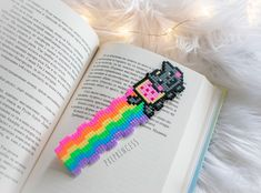 Nyan cat Bookmark pixel art Rainbow Hama Perler beads Stationery Bookworm Back to School by PXLprincess on Etsy Easy Perler Bead Patterns, Melty Bead Patterns, Perler Bead Templates, Diy Perler Beads, Hama Beads Minecraft, Perler Bead Art, Pearler Beads, Beading Patterns, Minecraft Crafts