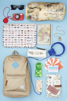 The #modsummer is looking bright! What must-haves do you #carryon when traveling?