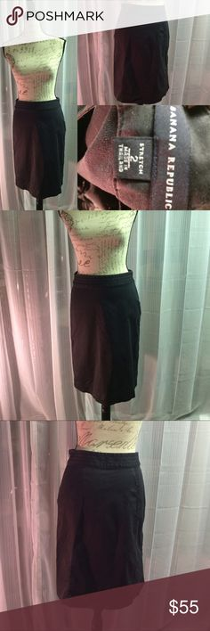 Banana republic skirt size 2 Amazing skirt. Very comfortable. Flawless condition. Banana Republic Skirts Midi