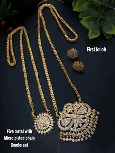 Real Gold Jewelry, Gold Jewellery Design, Indian Jewelry, Gold Mangalsutra Designs, Necklace Designs, Gold Necklace, Jewelry Necklaces, Wedding Jewelry, Jewelry Collection