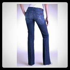"""7 FAM """"A"""" Pocket  jeans size size 29 Inseam 30. Waist flat 34. Rise 7.Euc. 7 for all Mankind Jeans Boot Cut"""