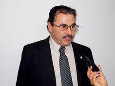 Así se refirió el diputado Alberto Fara en declaraciones radiales en la localidad de Carpintería en relación a la convocatoria el próximo año a elecci...