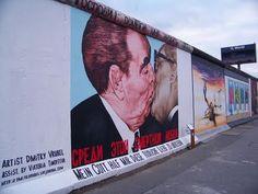 Desarraigos Provocados: La East Side Gallery del Muro de Berlín (II)
