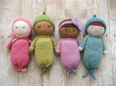 Absolutely adorable, especially the green one! ooooh, i need 5 babies. Knit Baby Doll Patterns pattern on Craftsy.com