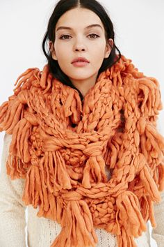 Chunky Hand Knit Fringe Eternity Scarf- Urban. Could make this?