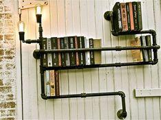 Des tuyaux pour une étagère complètement déstructurée