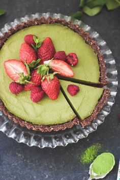Raw Matcha Cheesecake (Vegan & gluten free)