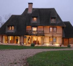 This stunning thatched Manor House in Upper Normandy is our ‪#‎PropertyoftheWeek‬ - 5 bedrooms, 4 bathrooms with landscaped garden of 3.5 acres... Click image to view in full.