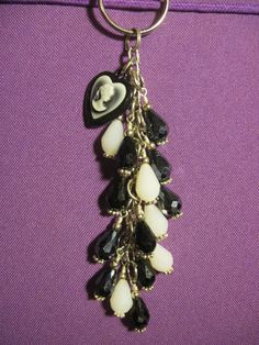Black and White Tear Drop Glass Beaded Purse by FoxysFunDangles