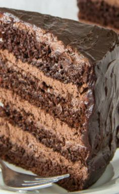 Chocolate cake with chocolate mousse filling... :D